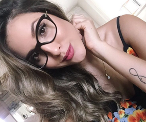 beauty, glasses, and instagirls image