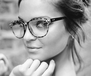 bw, glasses, and everyday image