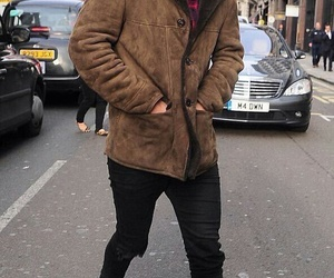 Harry Styles, one direction, and london image