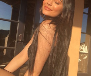 makeup, kylie, and kyliejenner image