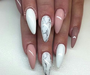 nails, gelnails, and Nude image