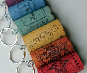 diy, rainbow wine corks, and cork keychains image