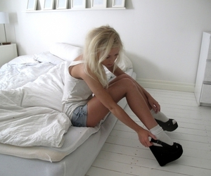 bed, blonde, and fashion image