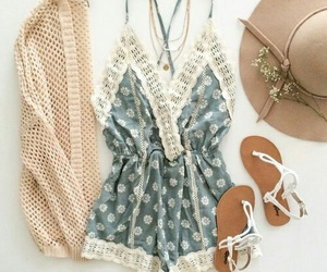 boho, stylish, and ootd image
