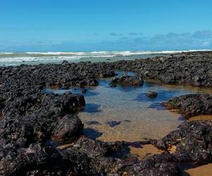 mar, ondas, and pedras image