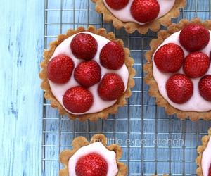 FRUiTS, strawberries, and tarts image