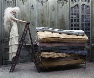 Eugenio Recuenco, fairytale, and fashion photography image