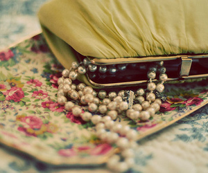 pearls, vintage, and flowers image