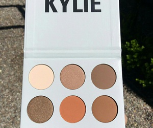 makeup, kylie jenner, and eyeshadow image