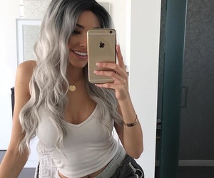 madison beer, hair, and iphone image