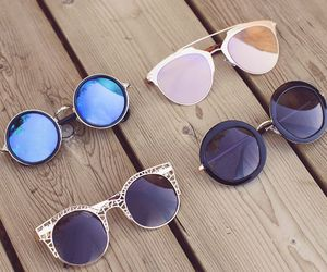 accessories, chic, and sunglasses image