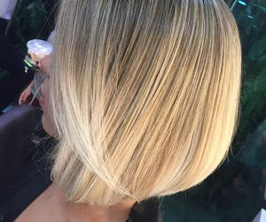 blonde, corte de cabelo, and fashion image