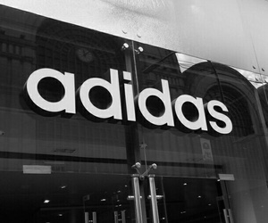 adidas, black and white, and preto e branco image