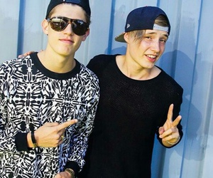 finland, robin packalen, and isac elliot image
