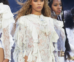 beyoncé, formation world tour, and Queen image