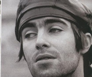 Hot, liam gallagher, and oasis image