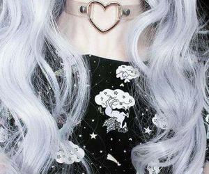blanco, collar, and cabello image