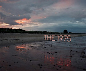 the 1975, beach, and grunge image