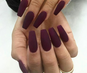 maroon and nails image