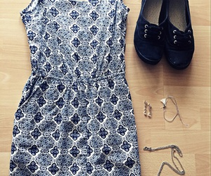 accessoires, color, and dress image