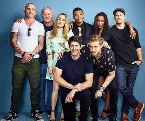 legends of tomorrow image