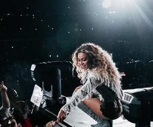 beyoncé, concert, and black image