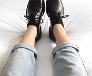 shoes, bed, and dr martens image