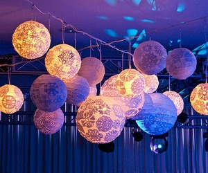 light and lantern image
