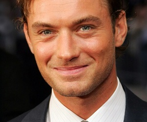 boy and jude law image