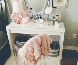 mirror, room, and roomdecor image