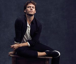 sam claflin and actor image