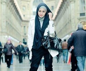 hijab, muslima, and headscarves image