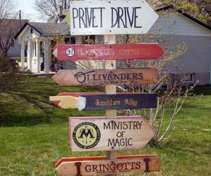 harry potter, hogwarts, and privet drive image