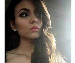 face, cute, and victoria justice image