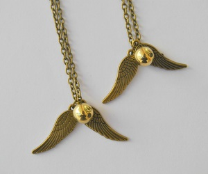 accessories, golden snitch, and harry potter image