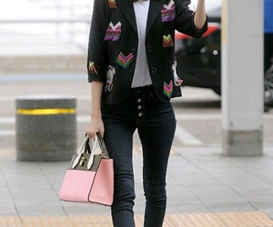 airport, im yoona, and fashion image