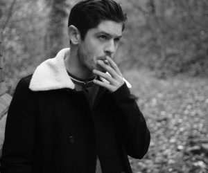 iwan rheon and misfits image