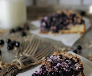 cake and blueberry image