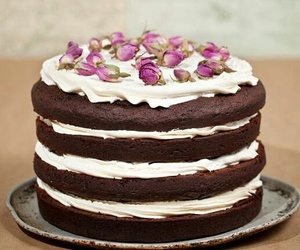 cake, petal, and bolo image