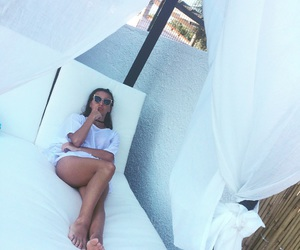 beach, bed, and body image