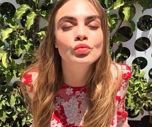 cara delevingne, kiss, and model image