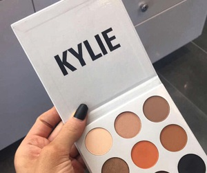 kylie, makeup, and jenner image