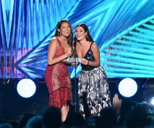 lea michele and teen choice awards image
