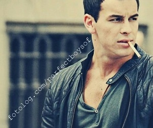 mario casas, cigarette, and sexy image
