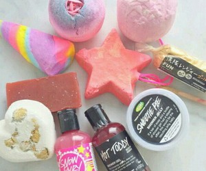 lush, bath, and girly image