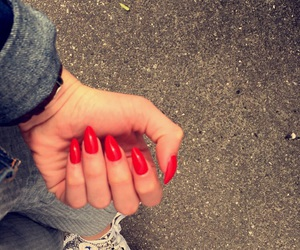 nails, unghie, and rosse image