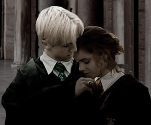 amoureux, hermione granger, and drago malfoy image