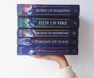 books, throne of glass, and heir of fire image