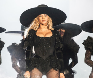beyoncé and formation world tour image