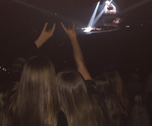 concerts, justin bieber, and bestfriends image